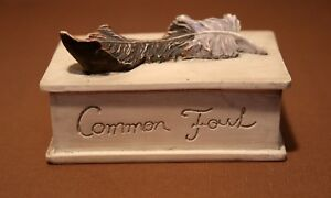 Hen-Feathers Trinket Box. Off-White Resin Box w/ Common Fowl Feather Design