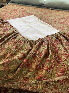 Ralph Lauren Jardiniere Paisley French Red Bedskirt