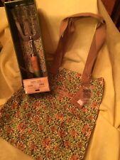 William Morris Gallery Gift 2 pc Set Honeysuckle Design Garden Fork & Garden Bag
