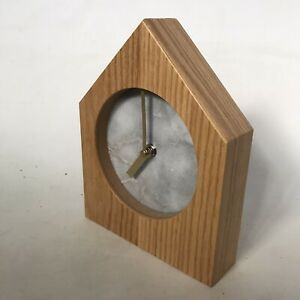 Young Town Quartz Contemporary Clock Minimalist Wood Marble Free Stand H21XW17cm