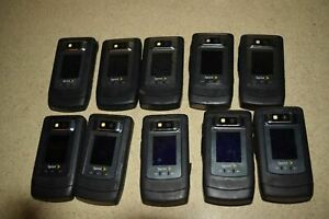 ^^ MOTOROLA V950 FLIP PHONE - LOT OF 10 (BB1)