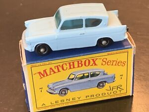 LESNEY MATCHBOX Ford Anglia #7 REGULAR Black PLASTIC WHEELS In Original Box