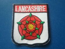 NOVELTY BACKPACKERS FLAG SHIELD SEW / IRON ON PATCH:- LANCASHIRE RED ROSE COUNTY
