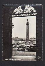 PARIS Place Vendome / MOTO TRIPORTEUR de LIVRAISON ,CITROEN TRACTION PEUGOET 203