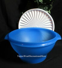 Tupperware Brand New Blue 17 Cup Servalier Bowl Salads Prep Serving White Seal