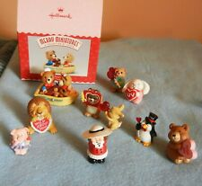 Vintage Hallmark Valentine merry miniatures, one boxed set, large lot