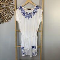 Tears of Joy M - L Beach Kaftan Dress White Blue Embroidery Floral Delfts Blauw