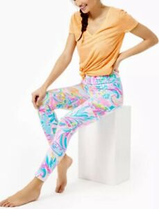 NWT Lilly Pulitzer UPF Weekender High Rise Midi Carnivale Coral Leggings Size M