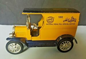 Vintage Ertl Replica 1912 Ford Open Front Panel Side Bank-SPECIAL EDITION