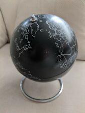 Black And White / Silver Globe