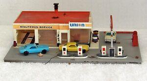 Tyco #943 HO Railroad Train 76 Union Service Station Assembled