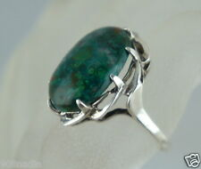 VINTAGE  STERLING SILVER & GREEN AGATE RING SIZE 9 1/4