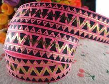 1978 Dreiecke auf Pink 25mm Breite Ripsband Borte Webband