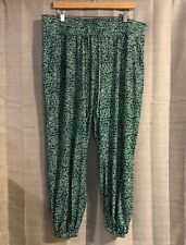 Eloquii Navy Blue & Green Elastic Waist Cropped Pants Size 18