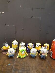10 MINIONS MINI CHARACTER FIGURES CAKE TOPPERS