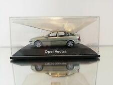 1:43 Schuco Opel Vectra Sedan in the coler light green