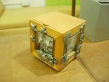 BABY MUSICAL 4 PHOTO PICTURE CUBE / KEEPSAKE BOX