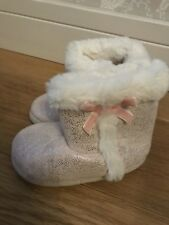 Girls F&F Slippers Slipper Boots Uk Size 6-7 Fluffy Pink Silver