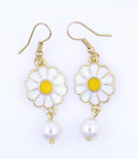 Very pretty white daisy and hanging pearl dangle earrings 50s 60s retro