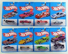 Hot Wheels 2016 Retro Series Exclussive Complete Set of 8 Brand New 1:64 Scale