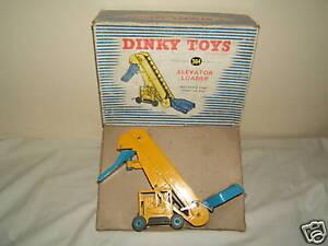 """DINKY TOYS  MODEL No.564 """"ELEVATOR LOADER""""               VN MIB"""