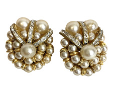 Gorgeous Clip On Earrings Art Deco