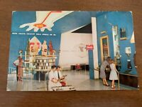 Vintage Disneyland Postcard Tomorrowland Monsanto Hall of Chemistry Unposted