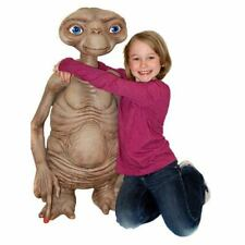 NEW NECA E.T. Movie The Extra Terrestrial ET Life Size Stunt Puppet Prop Replica