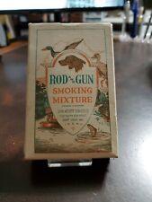 VNTG ROD & GUN SMOKING TOBACCO CARDBOARD PACKAGE DUCKS HUNTING DOG ST. LOUIS MO