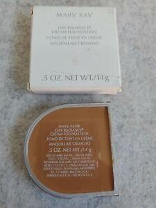 Mary Kay 5 oz Day Radiance Cream Foundation Mocha Bronze 835400 Moka