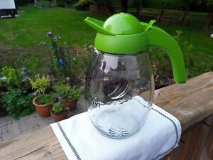 Glass Juice / Water Pitcher. Herevin Kitchenware. Entertaining. Jugs