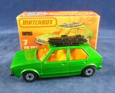 Matchbox Superfast MB - 7 C VOLKSWAGEN VW oro Mk II en Metálico Oscuro Verde