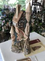 David Winter Limited Edition Rare Merlins Castle, King Arthur's Collection. Mint