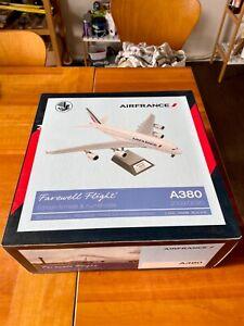 Air France A380 Farewell - Limited 360 worldwide 1:200 Air France A380 F-HPJH