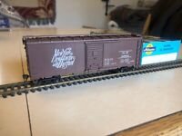 Athearn HO 40' Steel Boxcar, NH, Assembled Kit