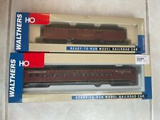 Walthers Norfolk & Western Passenger Cars (2)