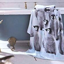 Penguin Colony 100% Cotton Velour Bath Towel Catherine Lansfield Arctic Scene