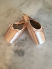 Bloch Serenade Pointe Shoes Size 4 E