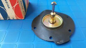 Datsun 510 Mechanical Fuel Pump 1.6L L16 17053-W5700 original OEM NOS Nissan