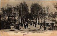 CPA  Avignon - Entrée de la Ville - Le Cours de la République  (511469)