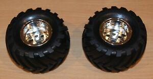 Tamiya 58242 Wild Willy 2/Mad Bull, 9805618/19805618 Front Tire & Wheel (2 Pcs.)