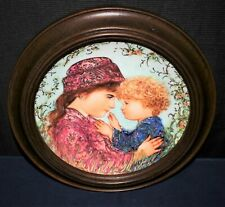 "Knowles 1988 Mother's Day ""Sarah & Tess� by Edna Hibel Framed Plate, #2880A"