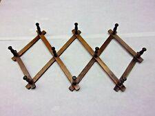 Vtg Smaller Wooden Acordion 10 Peg Expandable Wall Rack Cup Hat Farmhouse