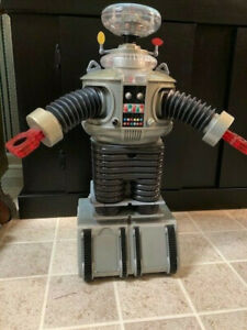 Trendmasters Lost in Space B-9 Robot Radio Control 24 inch Rare Works!