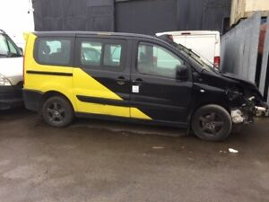 Peugeot Expert E7 Taxi  58 Reg for spares/parts listing is for wheel nut