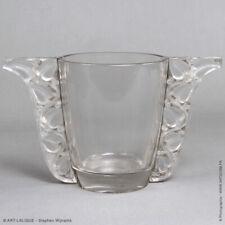 Vase Honfleur en verre blanc de R. Lalique