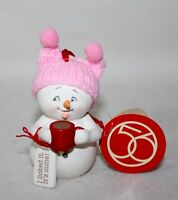 Snowbabies Dept 56 /'Warm My Soul/' With Hot Cocoa 2020 Ornament #6005792 NEW