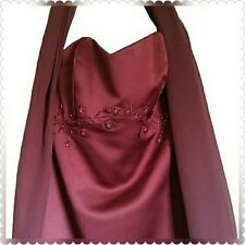 Beautiful Wine color Strapless Gown w scarf Size 4