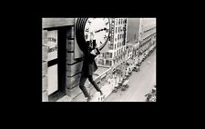 HAROLD LLOYD 8x10 PICTURE SAFETY LAST FILM RARE PHOTO