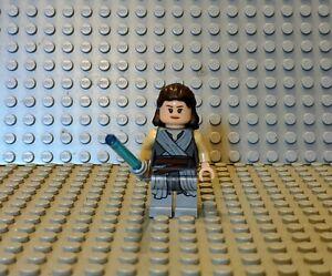 LEGO Rey Minifigure w/ Tied Robe (sw0866) - Star Wars - 75189 75216 - NEW